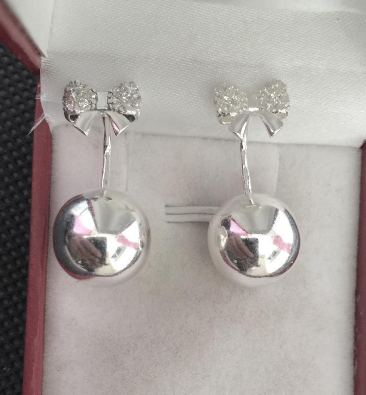 Новые серебряные серьги шарики с бантиком серебро 925 пробы