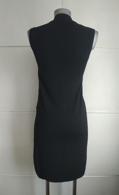 Стильное платье stradivarius с вставками из искусственной кожи. - Фото 3