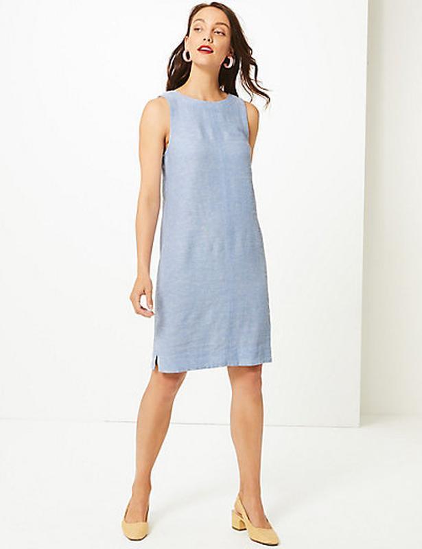 Нежно-голубое льняное платье-шифт ровной модели