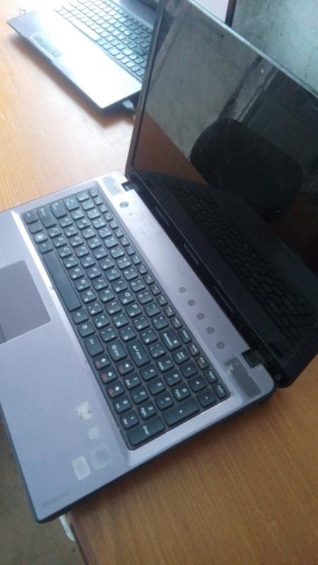 Ноутбук Lenovo z575 - Фото 2
