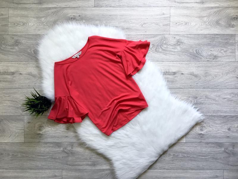 Блуза футболочного типа с воланами