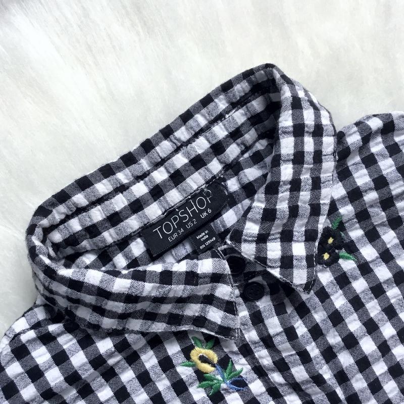 Укороченная рубашка бойфренд с вышивкой - Фото 4