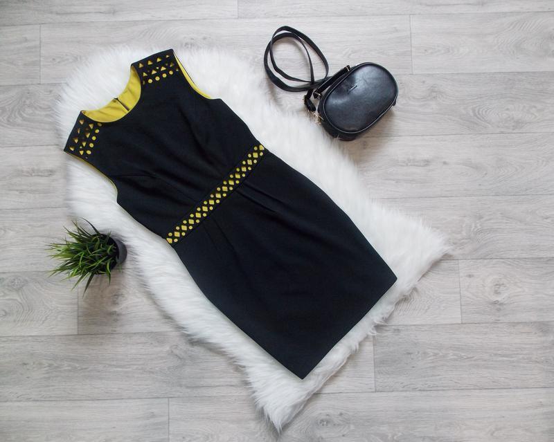Платье неопреновое с перфорацией
