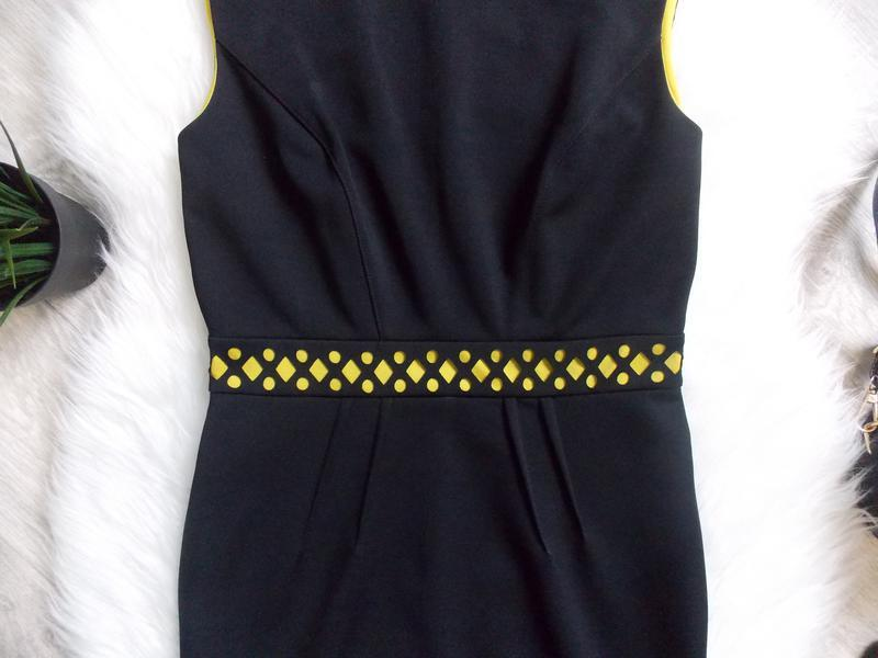 Платье неопреновое с перфорацией - Фото 4