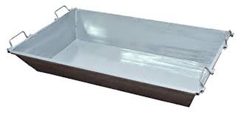 Металлический ящик строительный // Емкости строительные
