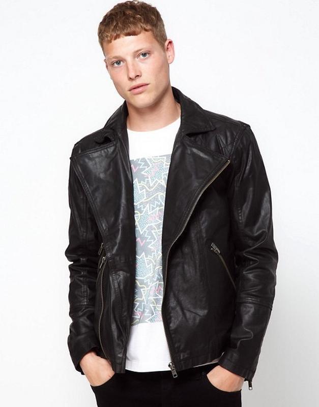 Чёрная кожаная куртка barneys !