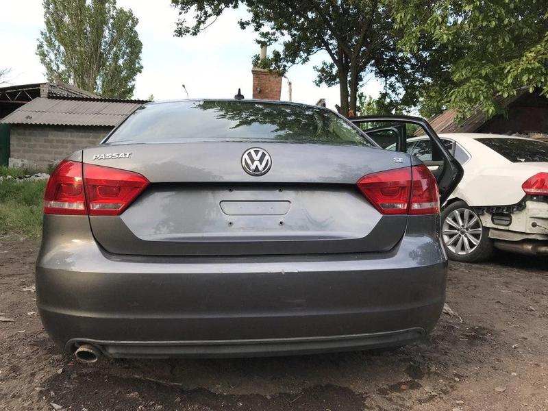 Заднее стекло Volkswagen Passat B7 USA