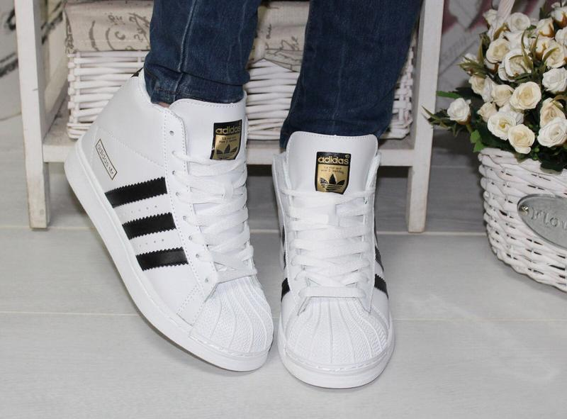 Высокие белые кроссовки ботинки 37