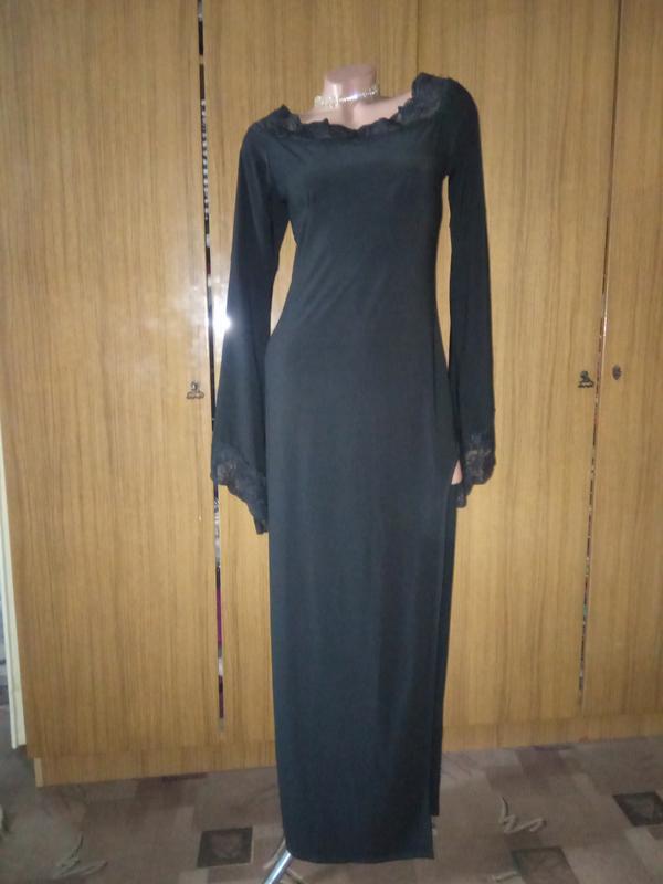 Шикарное вечернее платье с кружевом