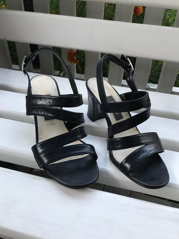 Винтаж,босоножки на каблуке,туфли кожа,люкс бренд,оригинал,bally