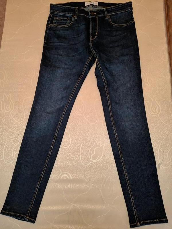 !продам новые мужские джинсы  pull&bear