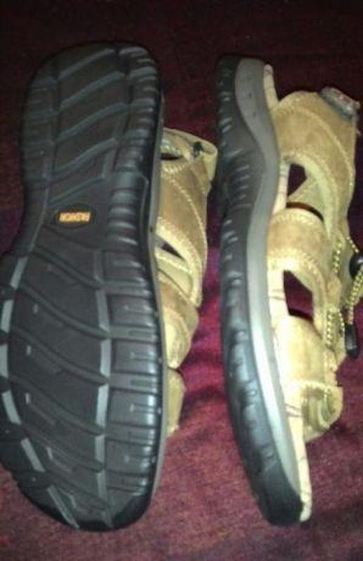 Мужские кожаные открытые сандалии