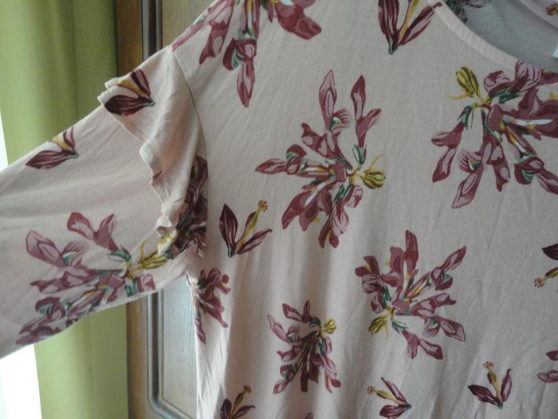 Нежный реглан с цветочным принтом - Фото 3