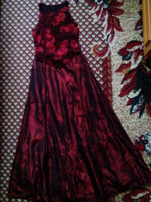 Праздничное платье-костюм