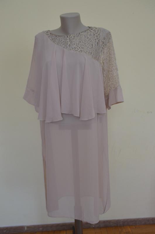 Красивая нарядная туника платье свободного фасона