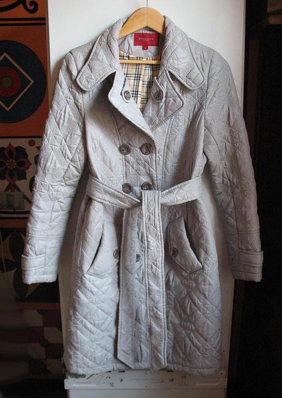 Демисезонное стеганное пальто классического покроя, тренчкот, ...