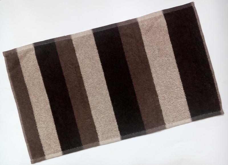 Полотенце полосатое махровое коричневое 70*40