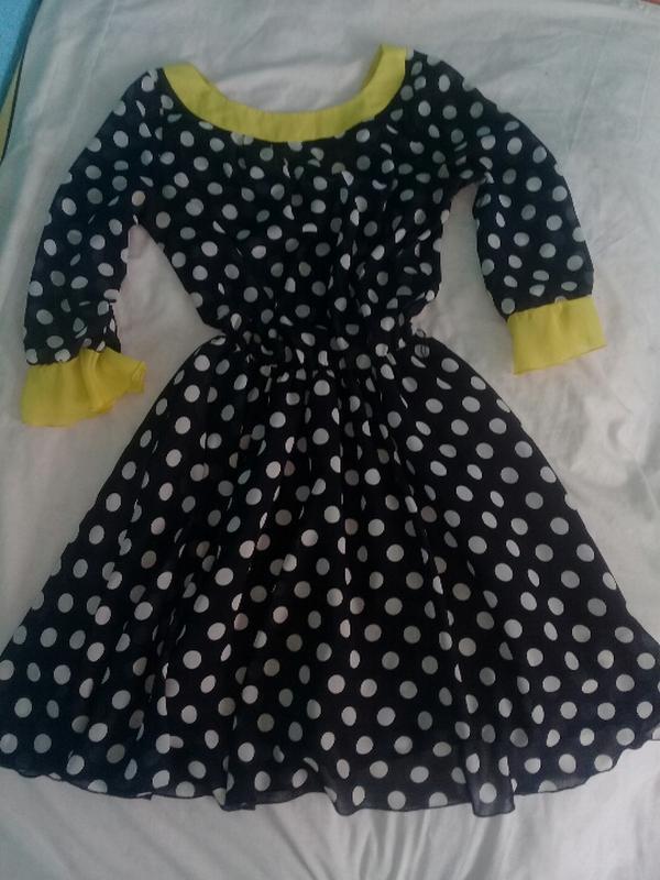 Лёгкое платье монро в горошек