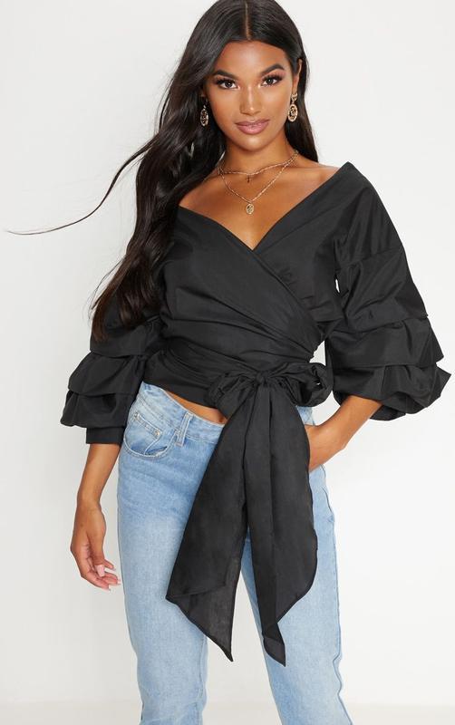 Шикарная черная блузка на запах с объемными рукавами