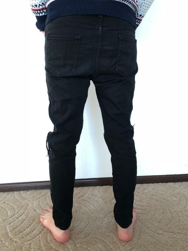 Мужские джинсы с рваными коленями, черные узкие штаны для мужчины - Фото 4