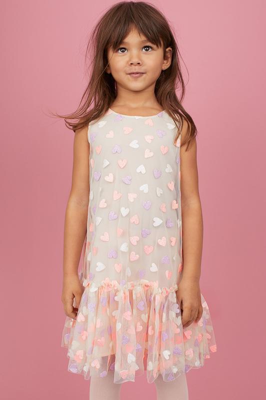 Шикарное нарядное  платье h&m фатин сердечки девочкам 9-10 лет...