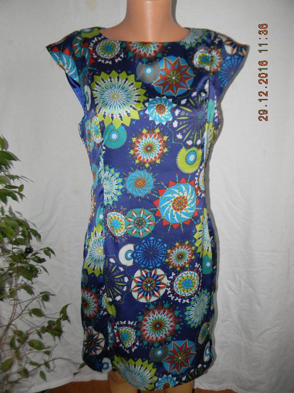 Распродажа!!!красивое платье с принтом marc angelo