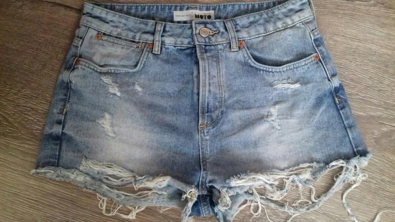 Классные джинсовые короткие шорты topshop