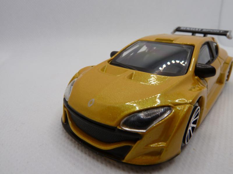 Модель Burago Renault Megane Масштаб 1:43