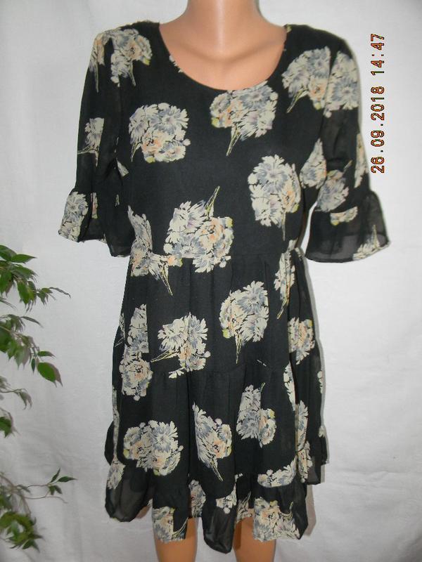 Новое шифоновое платье с оборками