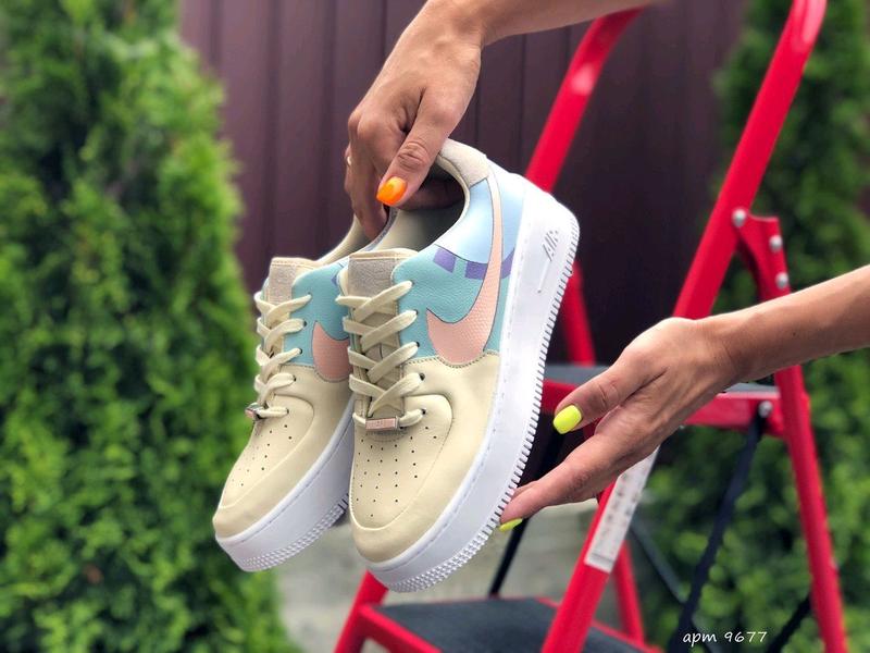 Женские кроссовки Nike 9677