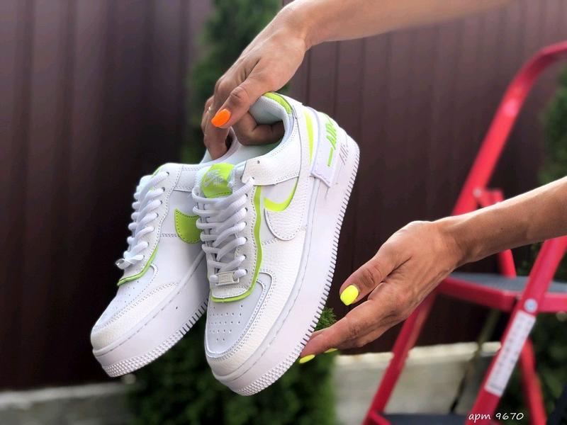 Женские кроссовки Nike 9670