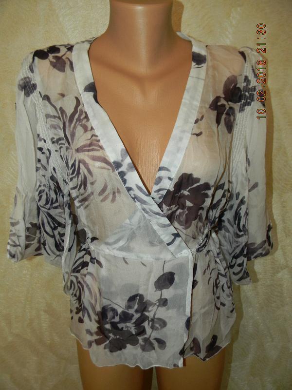 Шифоноавя блуза с цветами