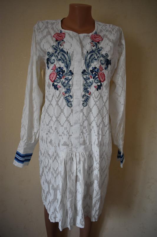 Новое красивое платье-туника с вышивкой