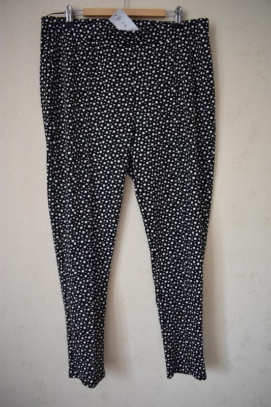 Новые брюки с принтом большого размера