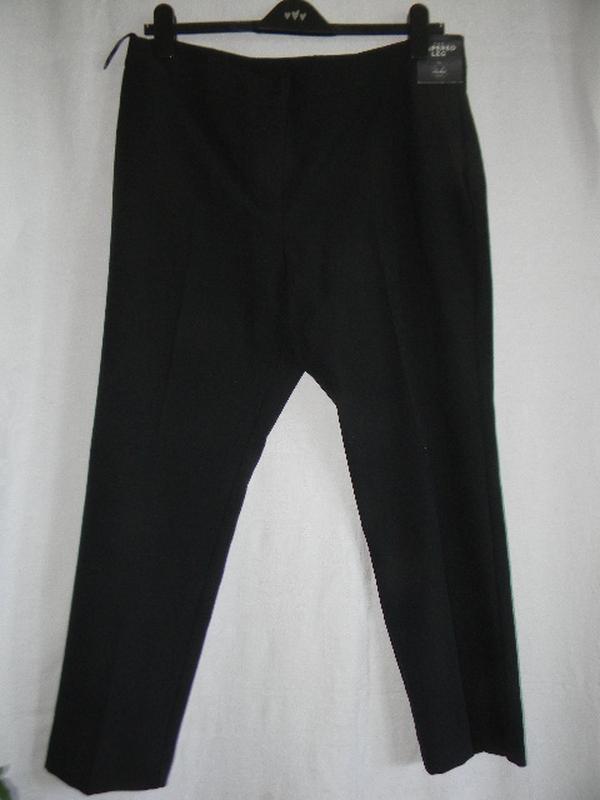 Черные новые брюки