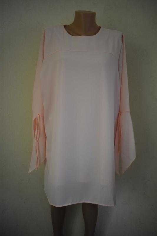Красивое новое платье-туника большого размера