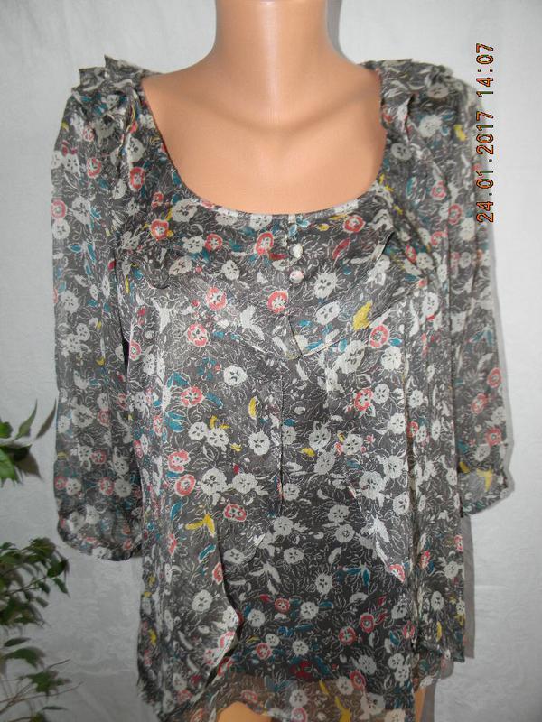 Красивая шифоновая блуза с принтом