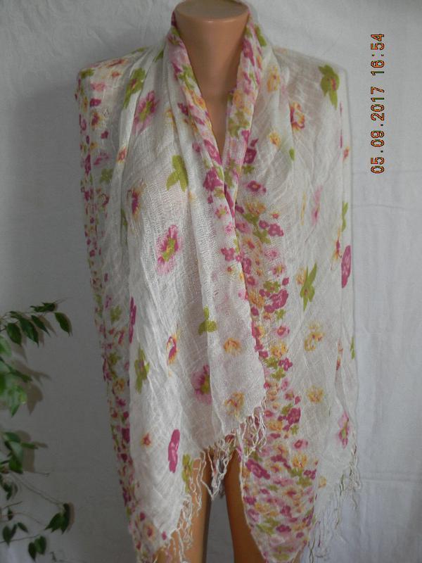 Нежный шарф с принтом