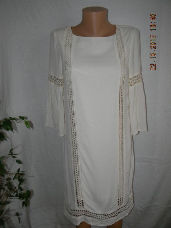 Молочное платье с кружевом warehouse