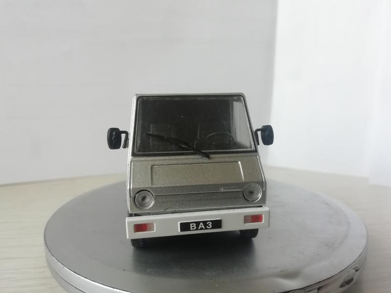 Модель ВАЗ 2702 Пони 1:43