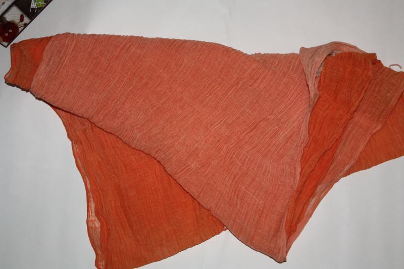 Яркий легкий ,воздушный,оранж шарф палантин в отличном состоянии - Фото 2
