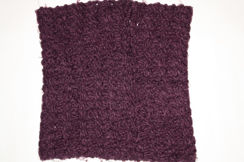 Милый вязаный лавандовый шарф-снуд в отличном состоянии
