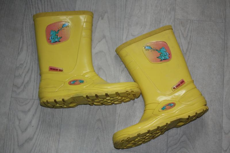 Желтые солнечные резиновые сапожки для мальчика или девочки р-...