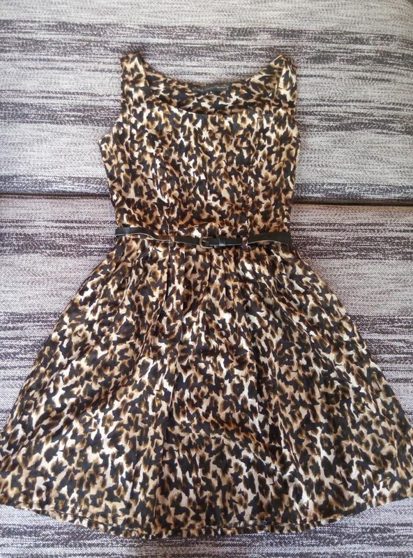 Платье с поясом, в бабочки - Фото 5