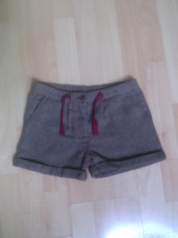 Фирменные теплые шорты 6-7 лет