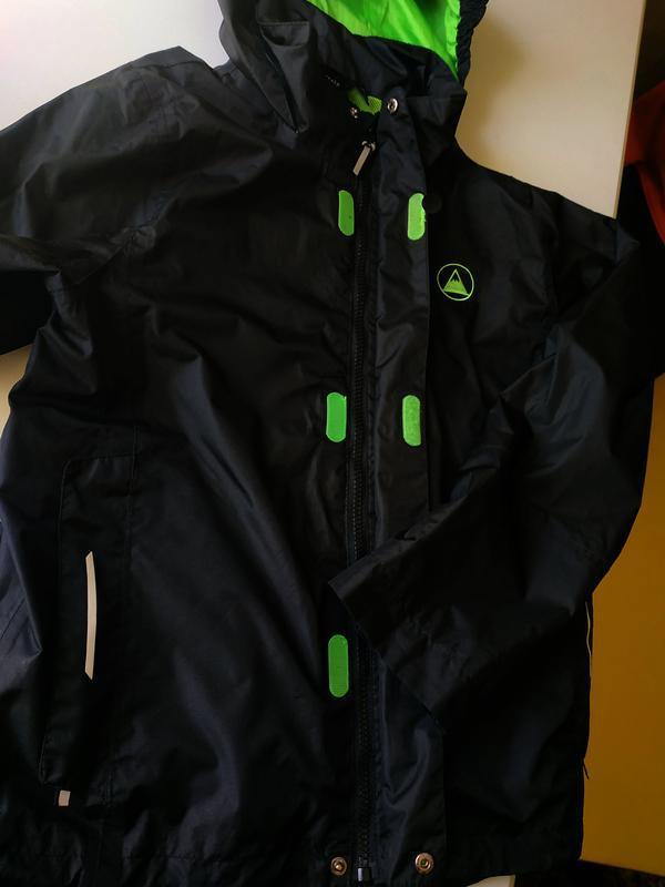 Фирменная куртка, ветровка crivit на мальчика 9-12 лет в новом...