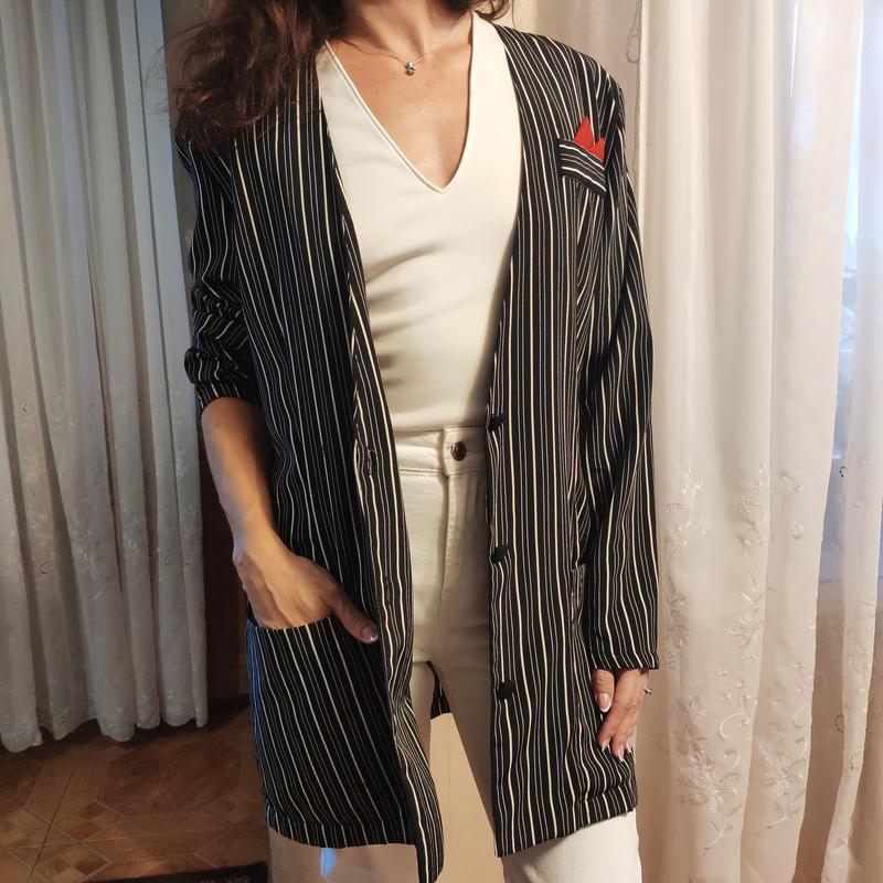 Тренд платье-пиджак в полоску жакет с карманами на пуговицах о... - Фото 5