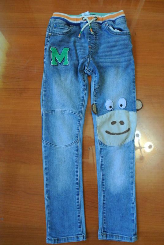 Крутые узкие джинсы на мальчика 6-8 лет