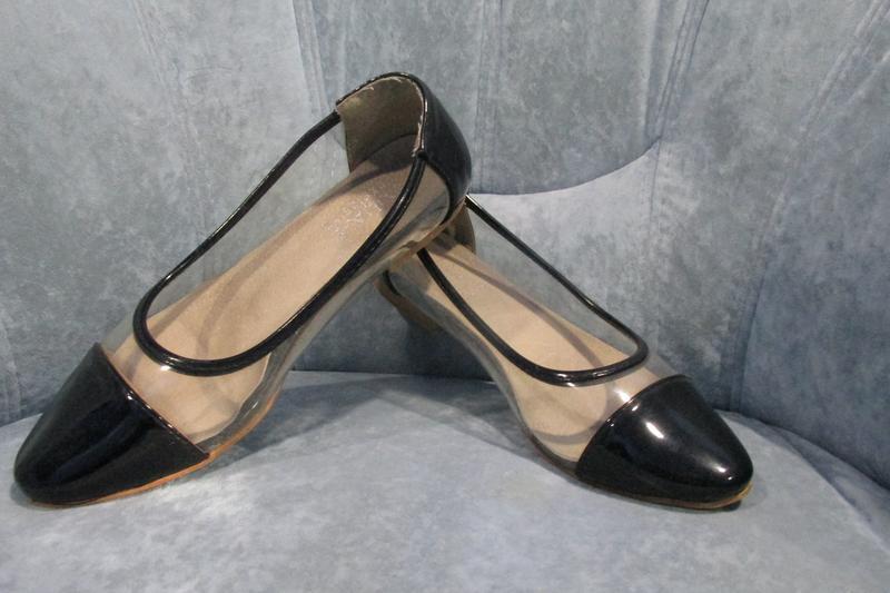 Трендовые , прозрачные туфли-лодочки