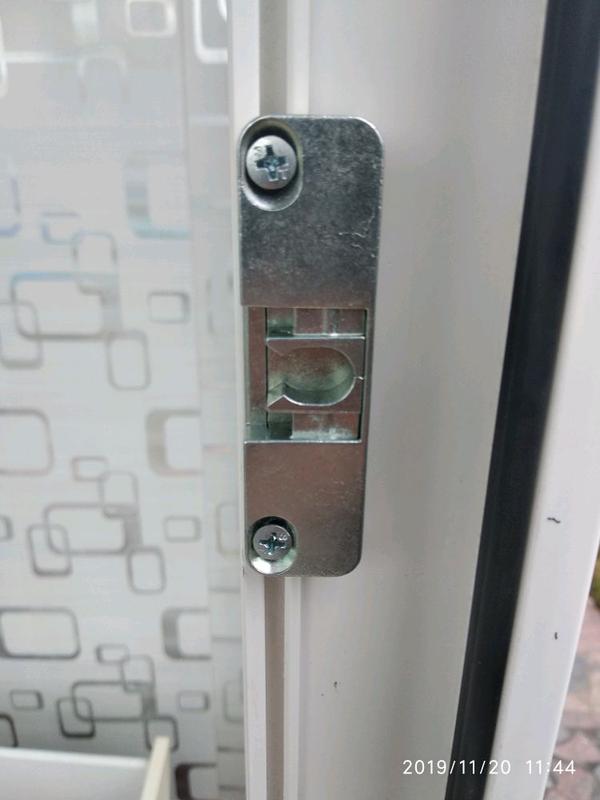 Регулировка ремонт пластиковых окон и дверей